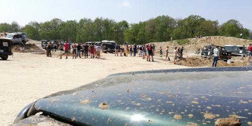 Auf dem Truppenübungsplatz ging es hoch her. Bei besten Wetter im Sand spielen - was gibt es Schöneres.